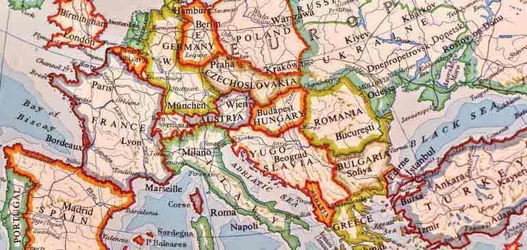 Carte Europe Voyage.Carte Europeenne D Assurance Maladie Et Assurance Voyage