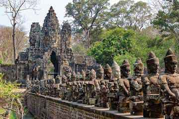 angkor voyage responsable assurance voyage avi international