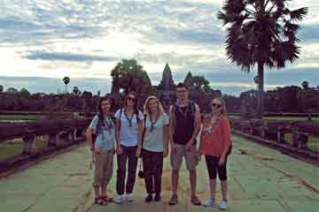 voyage solidaire assurances voyages Cambodge AVI International
